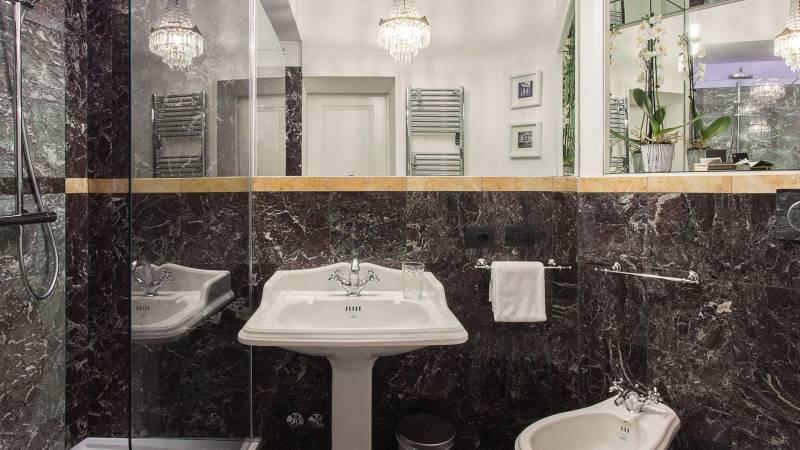 Toilet--NR-copia